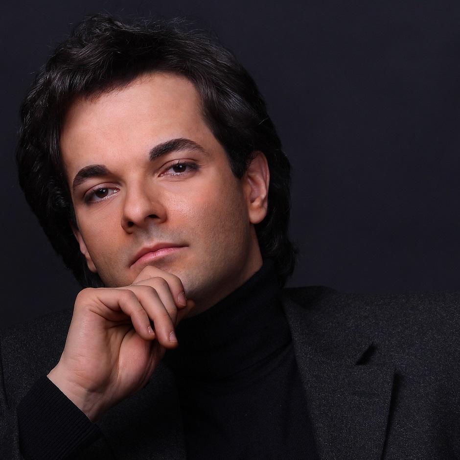クリスチャン・レオッタ(ピアノ)