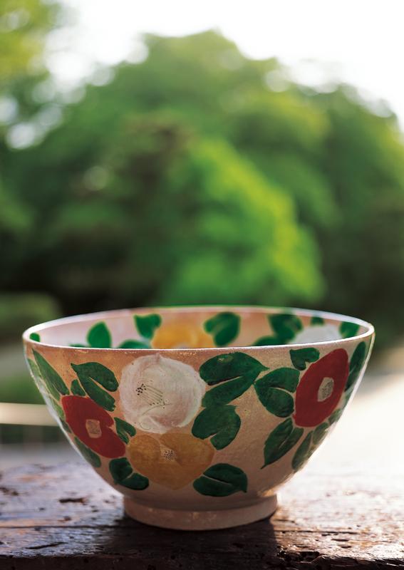 北大路魯山人「つばき鉢」1938年 何必館・京都現代美術館蔵
